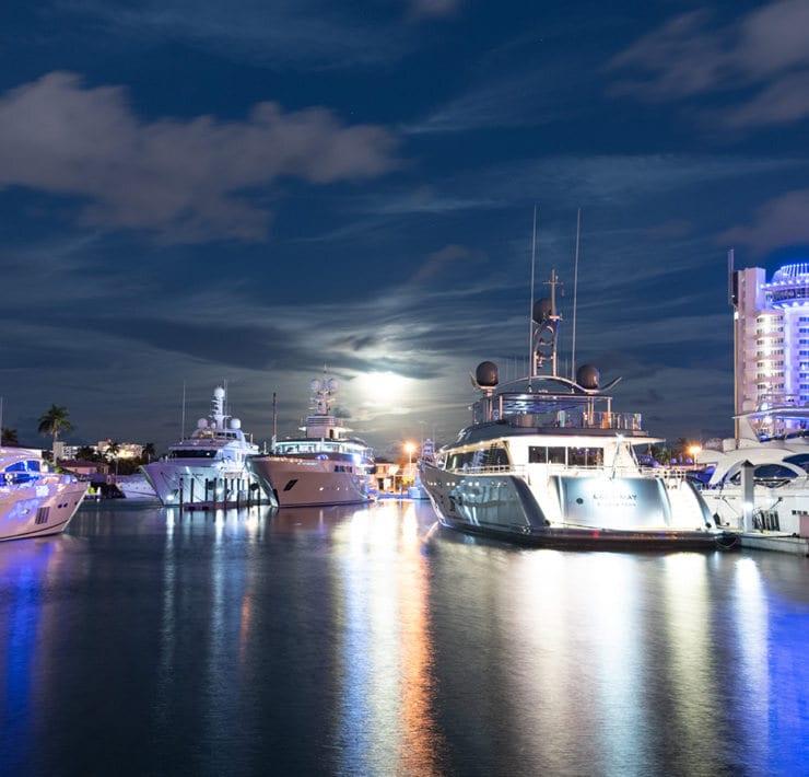Club Yacht Charter