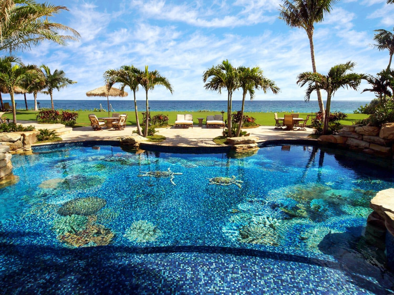 Pool mosaic design by Mosaicist