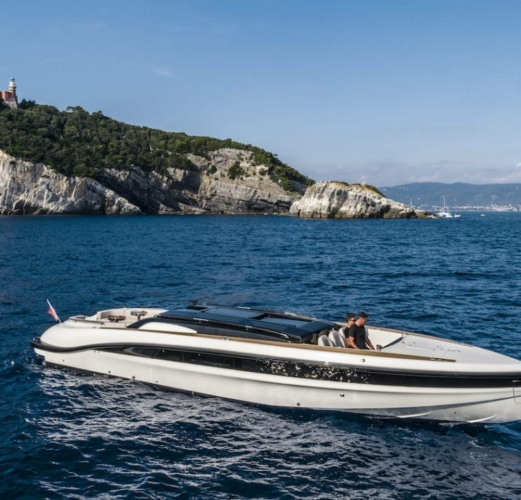 WB 14 Limo - Courtesy Wooden Boats/A&B Photodesign