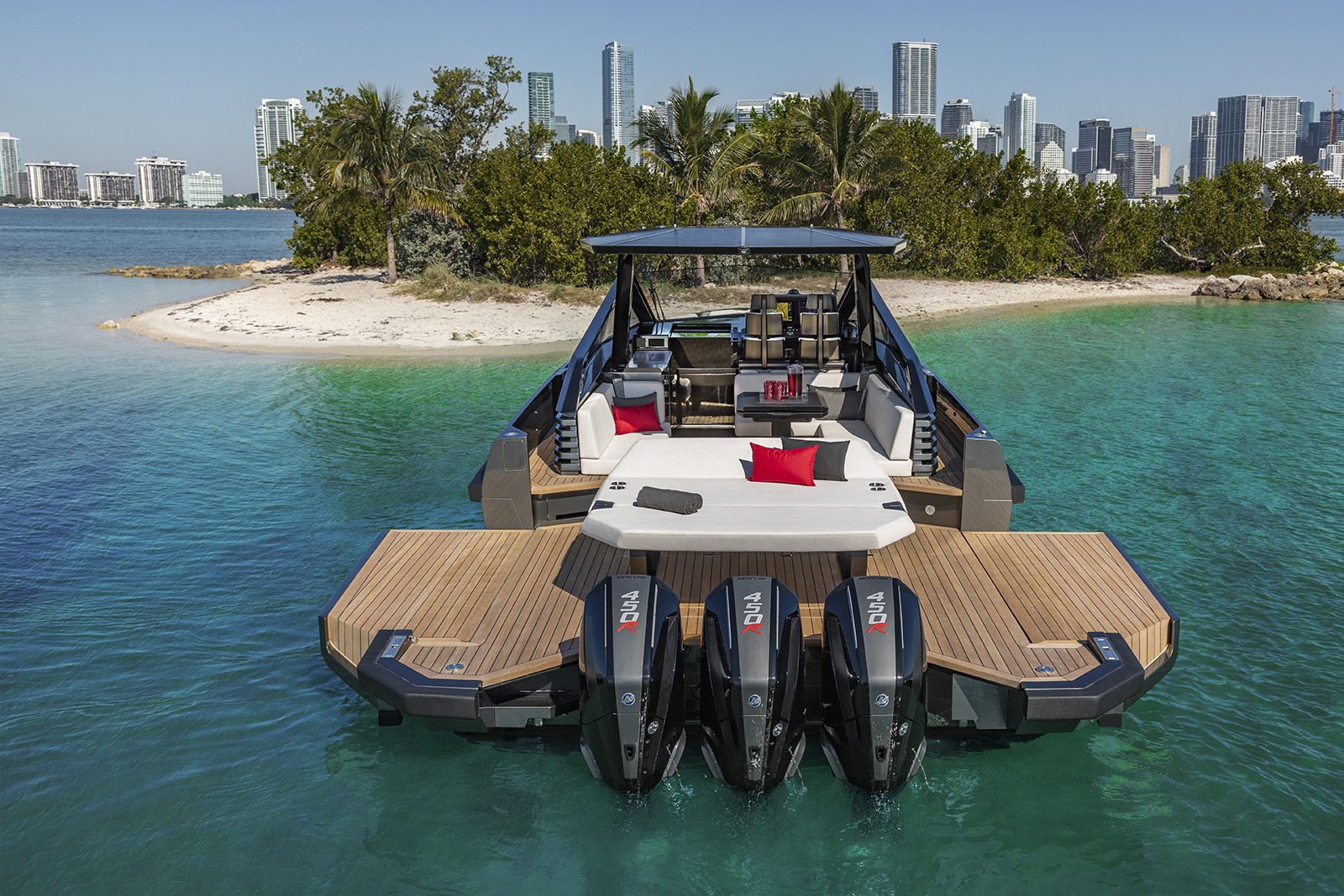 Docking the 43 Wallytender X