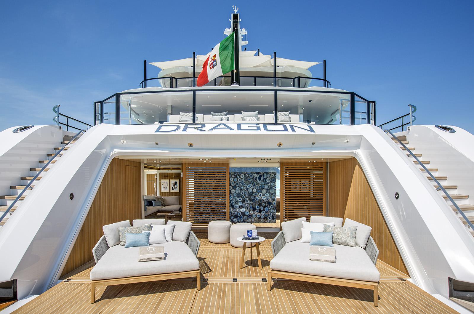 Beach club on the Columbus Yachts Dragon (Photos by Giorgio Baroni)