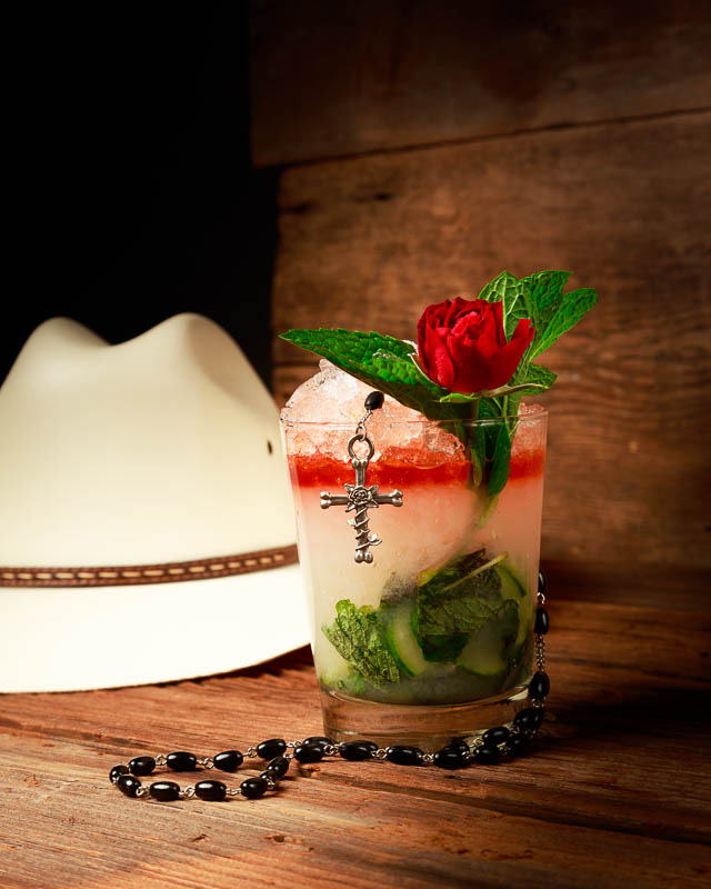 Rosas y Pistoles cocktail at Calaveras Cantina